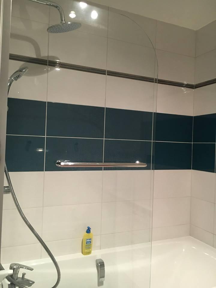 Renovation des salle de bain ramos constructionramos for Construction salle de bain